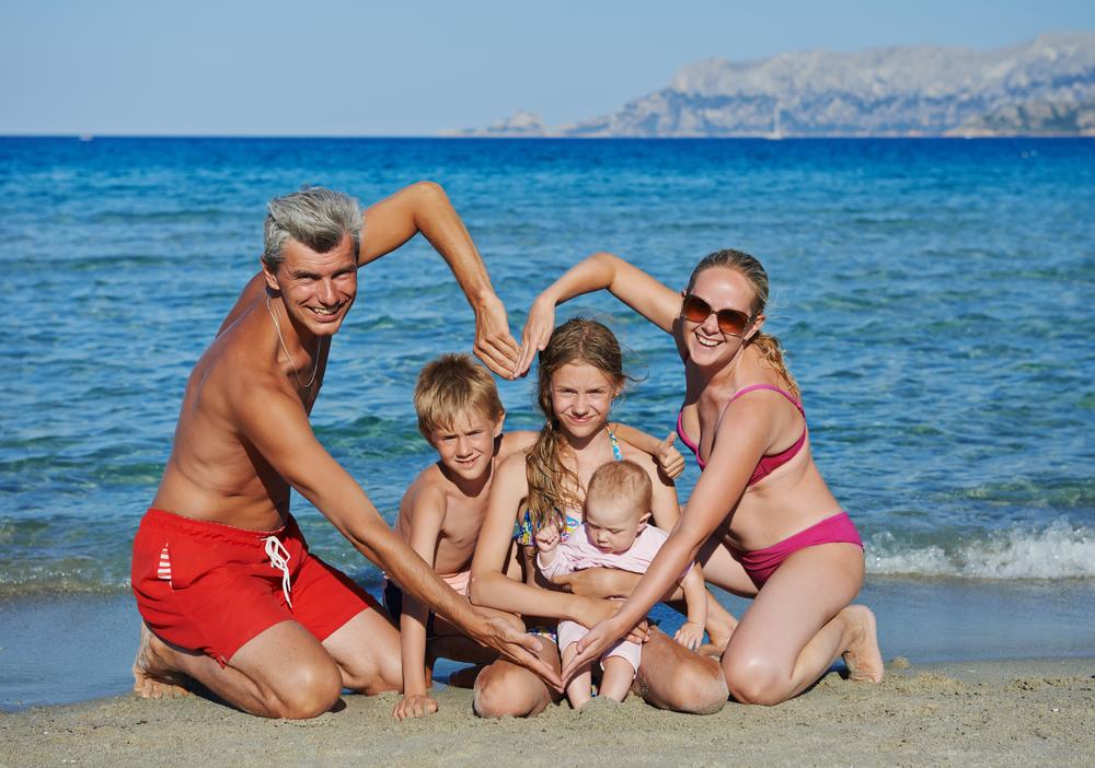 Красивые семейные фото на пляже идеи